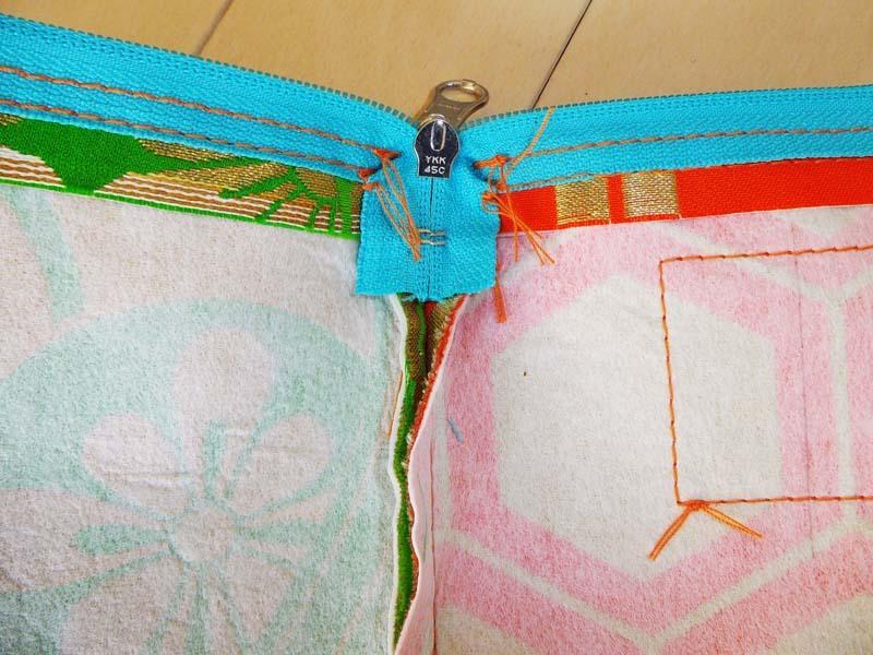 アンティーク帯ポーチの縫製過程2