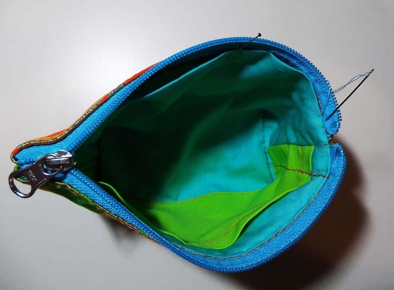 アンティーク帯ポーチの縫製過程3
